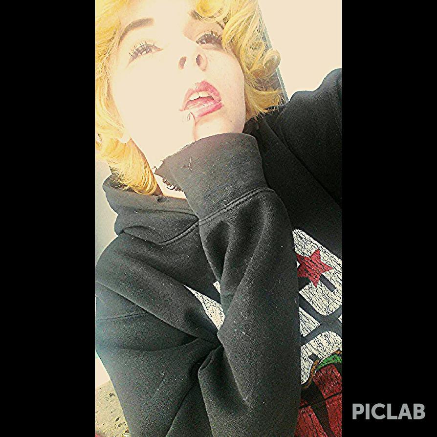 when u look like Marilyn Monroe by MissCyclops