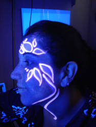 UV girl by lorenzopompei