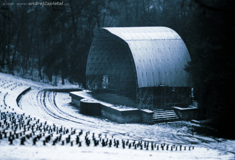 Amphitheater by ondrejZapletal