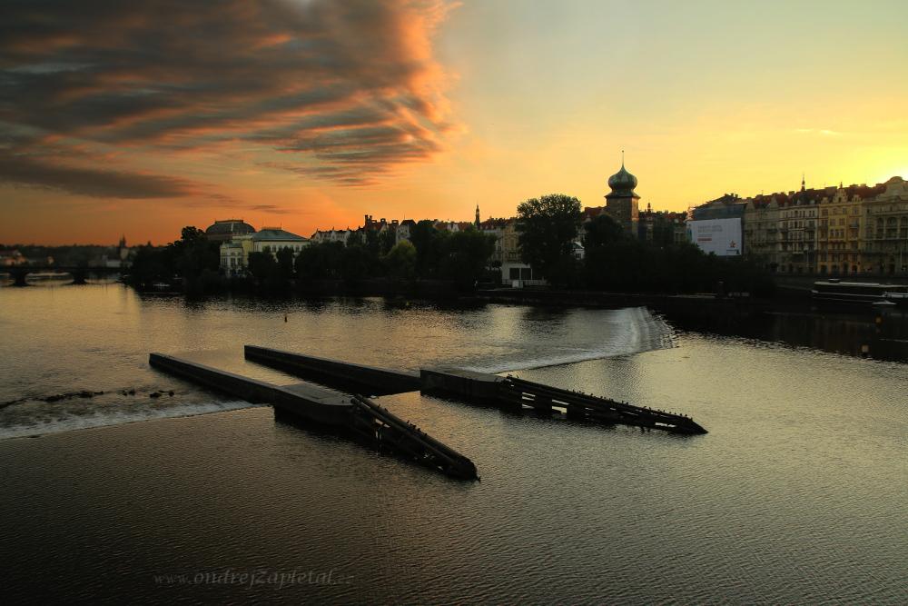 Weir by ondrejZapletal