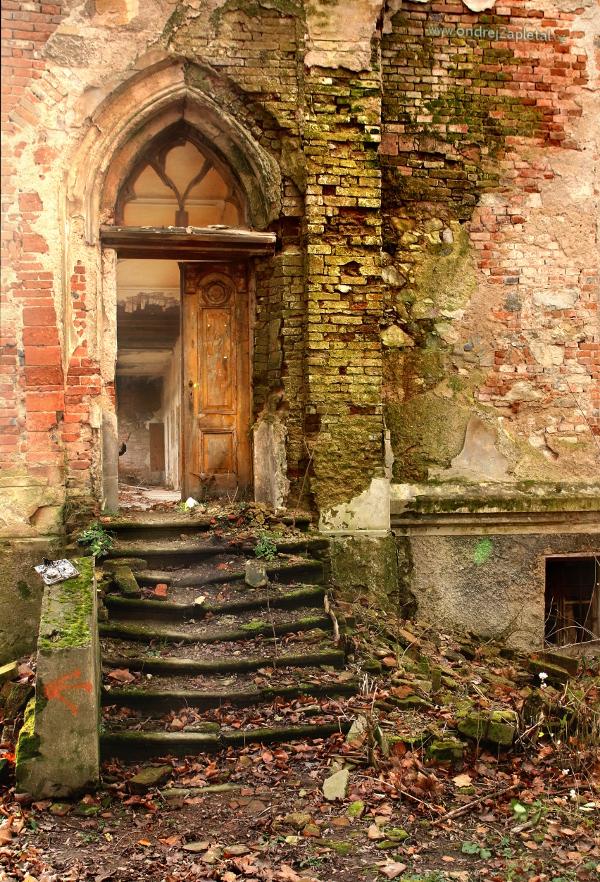 Portal by ondrejZapletal