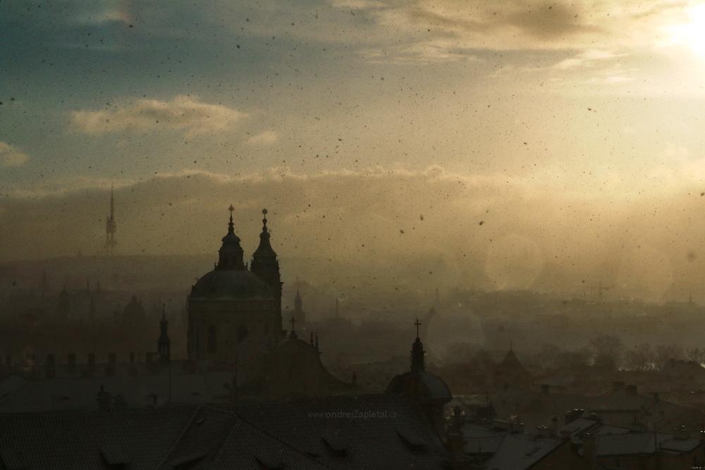 Last Snowflakes by ondrejZapletal