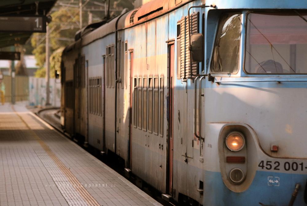 Train 452 by ondrejZapletal