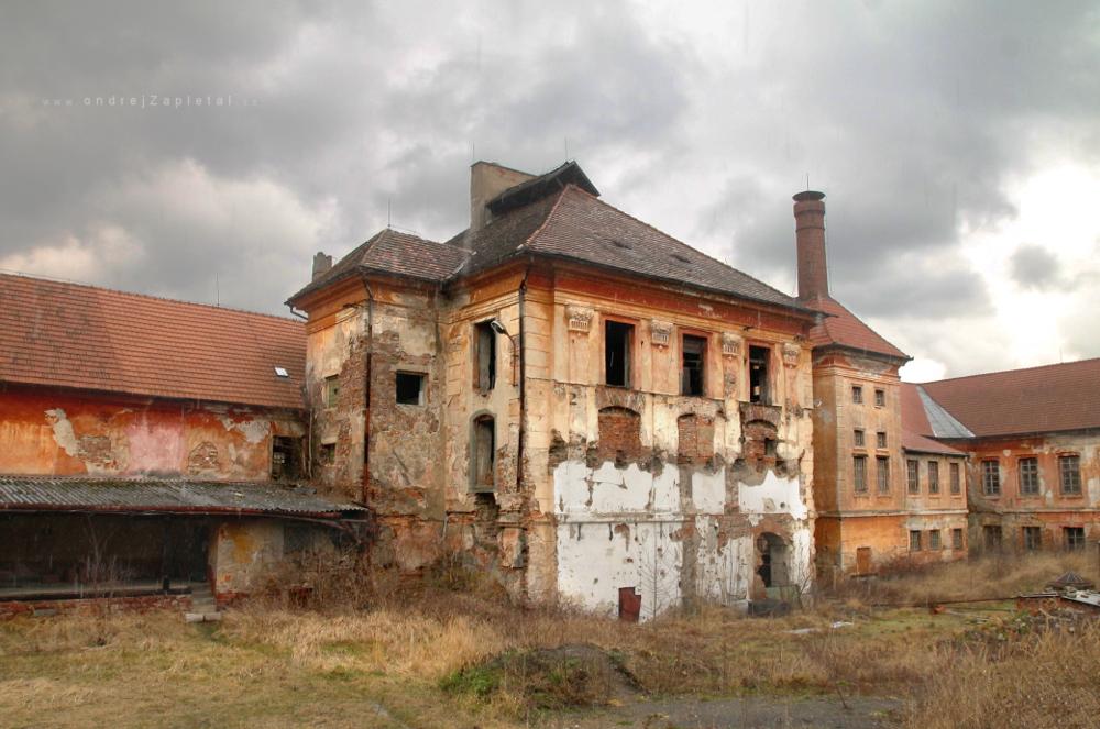 Jince Mansion by ondrejZapletal