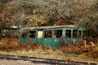 Decaying Train by ondrejZapletal