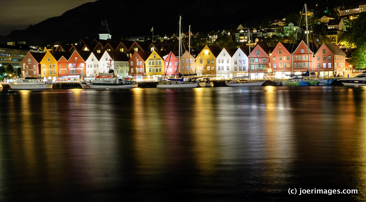 Bryggen Nights by joerimages