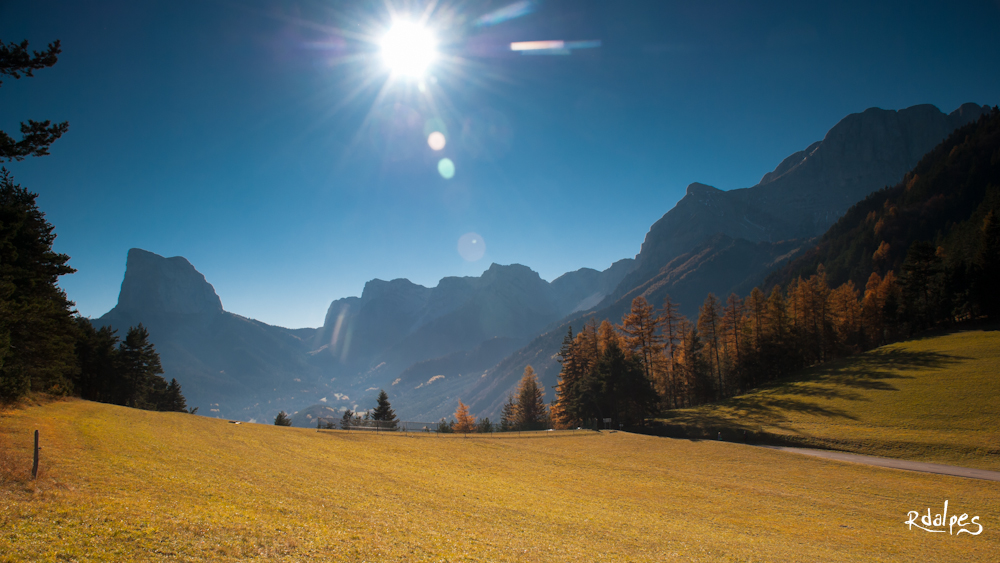 the pass under the sunlight by rdalpes