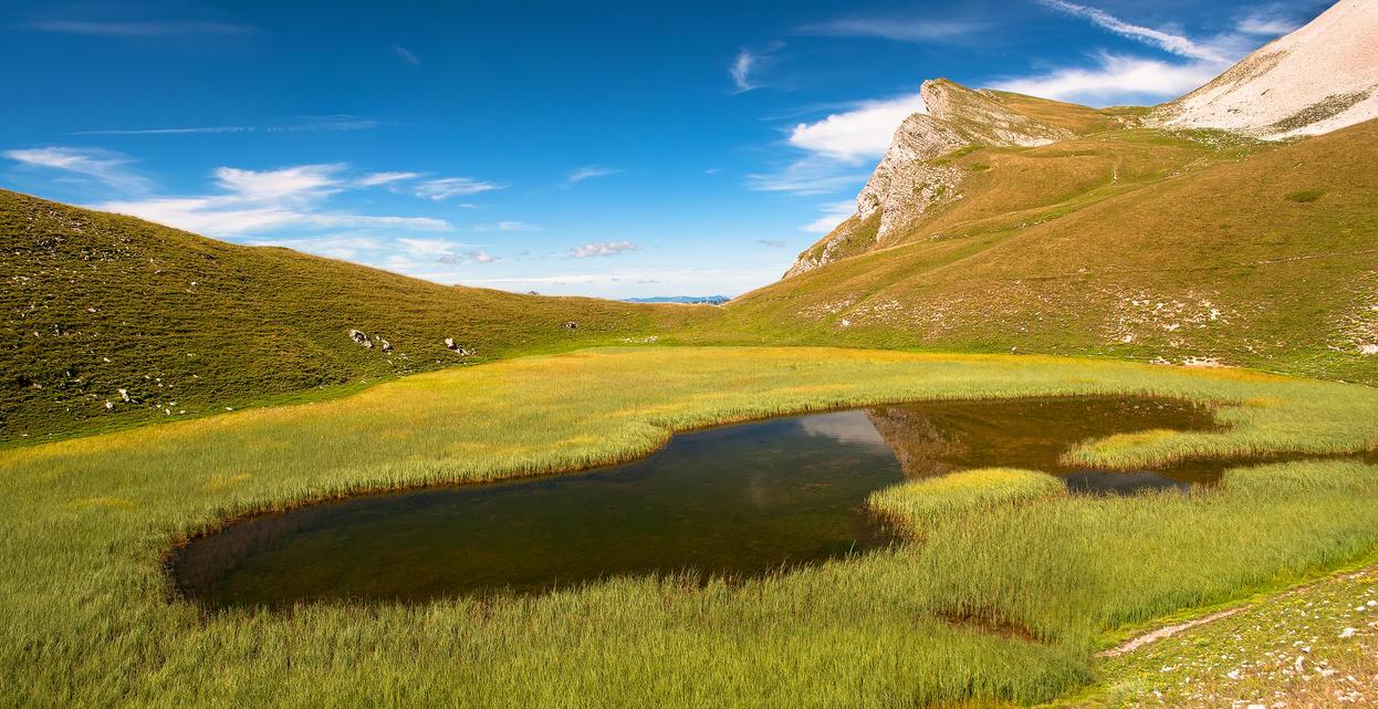 a lake by rdalpes