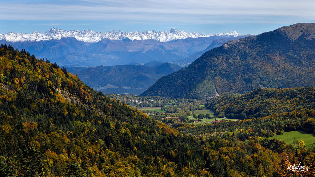 La vallee by rdalpes