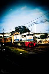 Kereta Menuju Semesta -2 by streetatmosphere