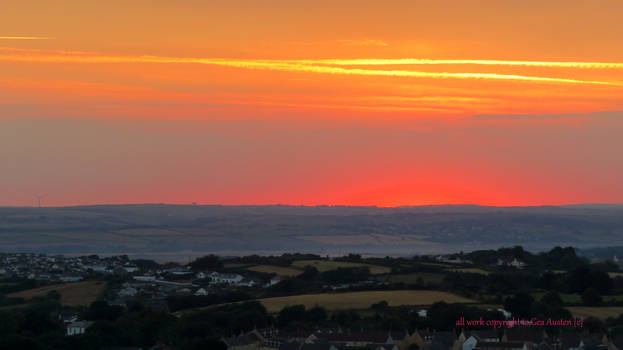 THE HEAT OF THE DAWN OVER APPLEDORE