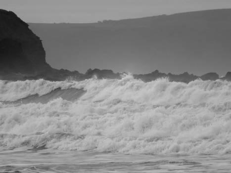 Great waves.Kipling Tors