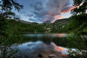 Hallett Peak at Sunset 6562 by pesterle