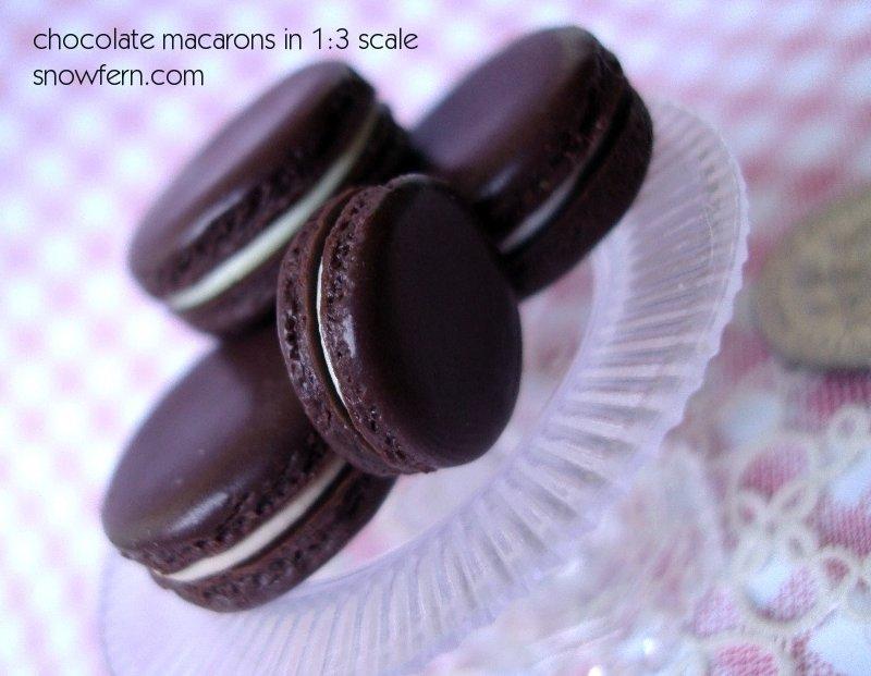 chocolate macarons by Snowfern