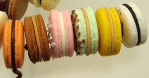 1 4 side view macarons