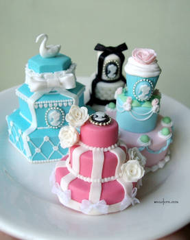 1-12 tower cakes