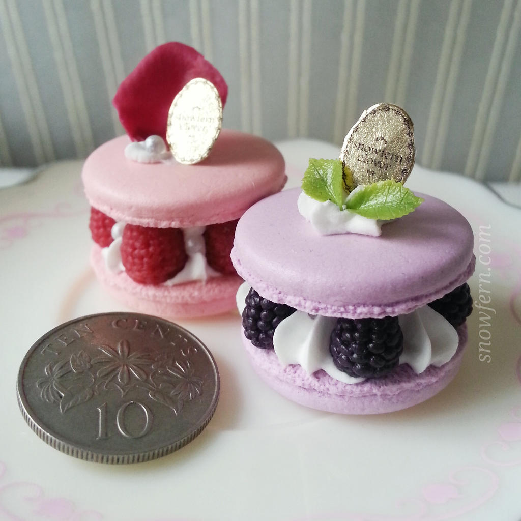Ispahan and Blackberry Macaron by Snowfern on deviantART