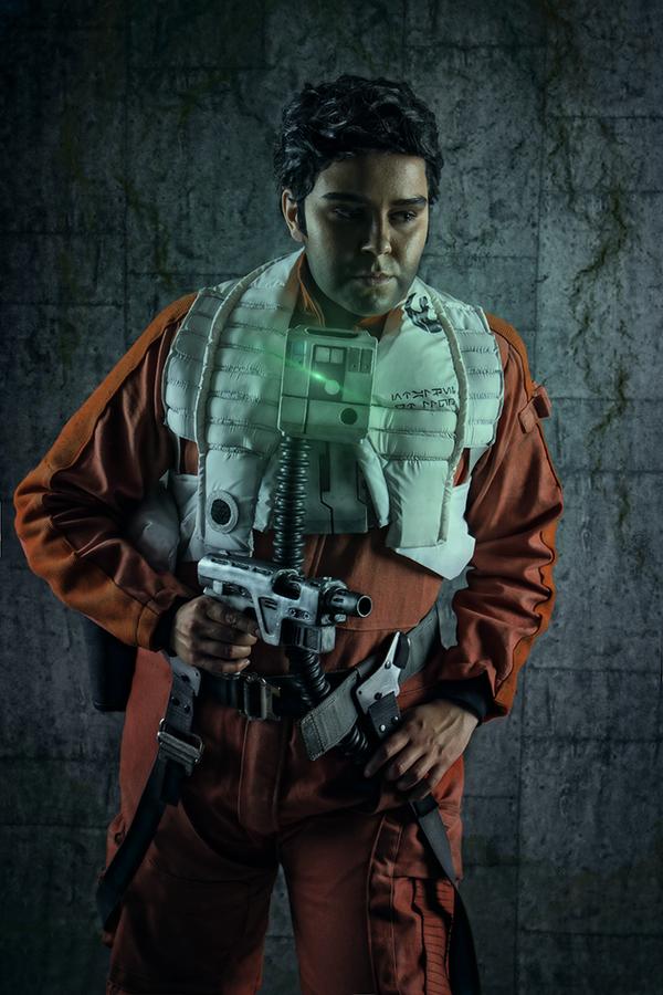 Poe Dameron Cosplay - Star Wars by zahnpasta