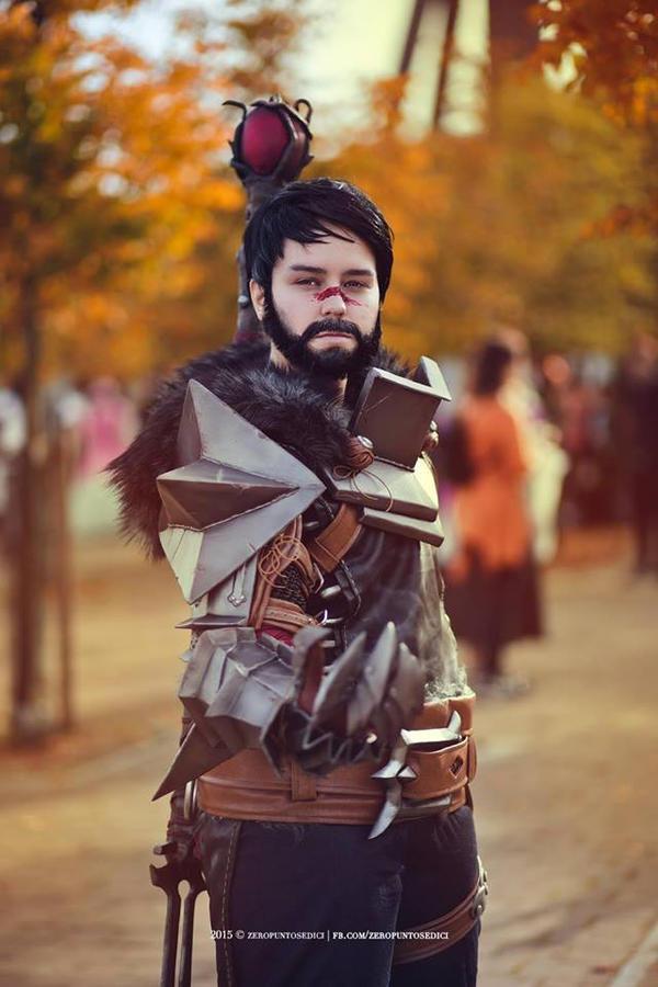 Dragon Age 2 - Hawke Cosplay 02 by zahnpasta