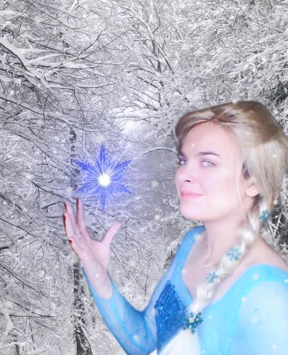 ELSA cosplay by Bleach-Fairy