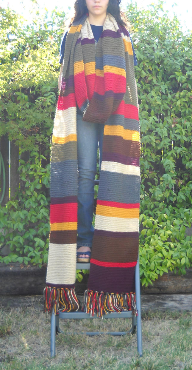 Fourth Doctor Scarf: Completed by KirriiHouseki on DeviantArt
