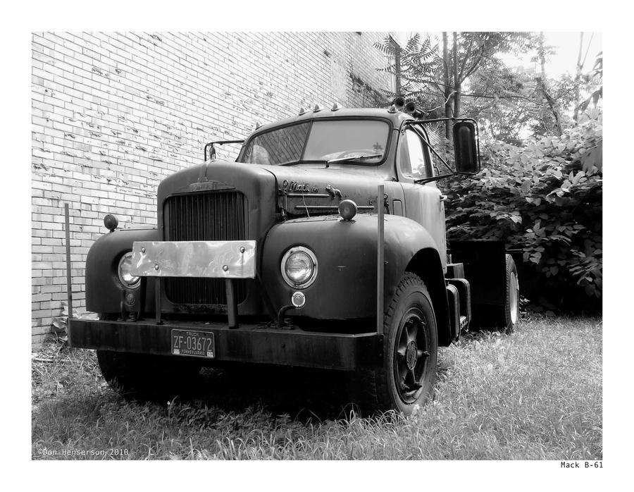 Mack B-61 by yankeedog
