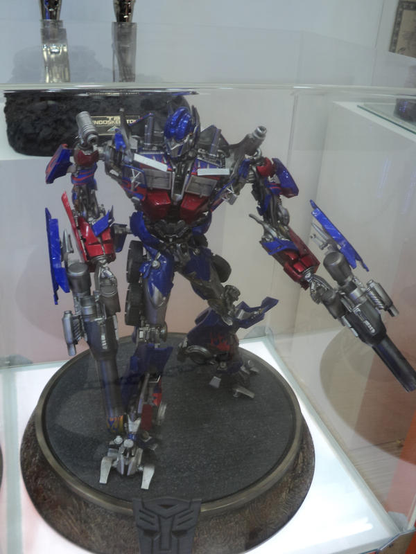 Optimus Prime by TFZ9