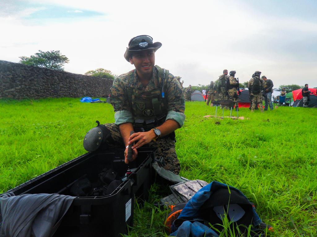 Prepping gear by YoLoL