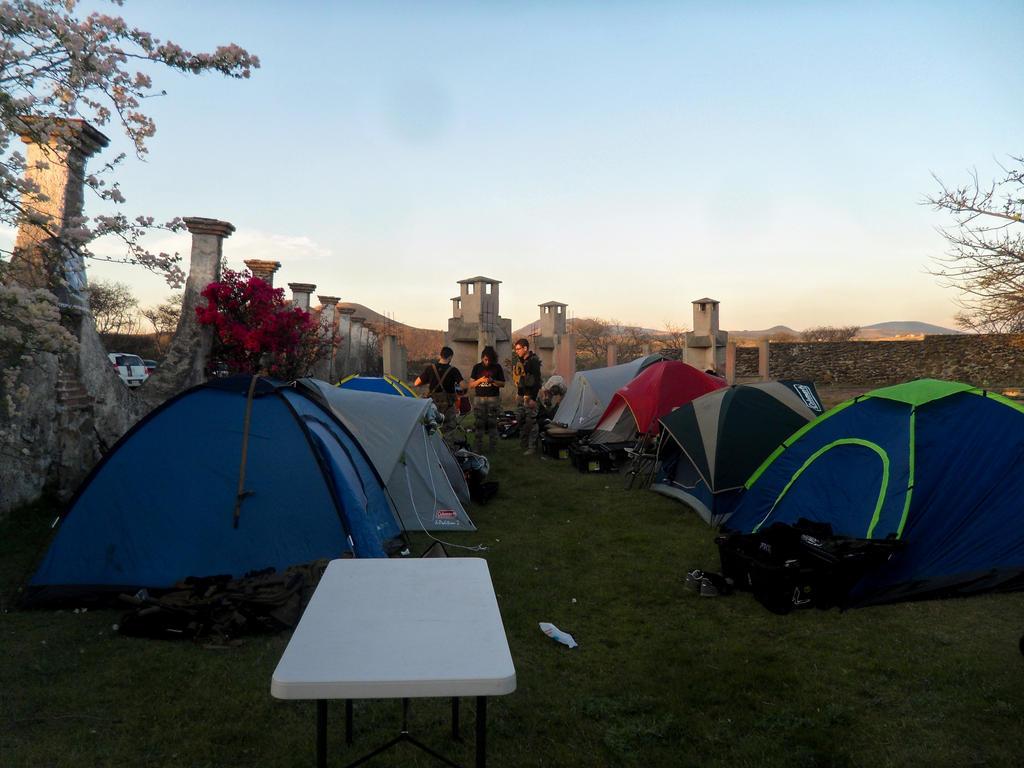 Night Game Camp by YoLoL