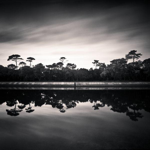 River Side by DenisOlivier