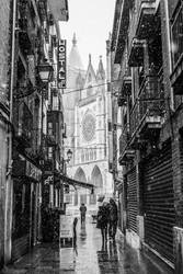 Streets of Leon by Fotoaurinko