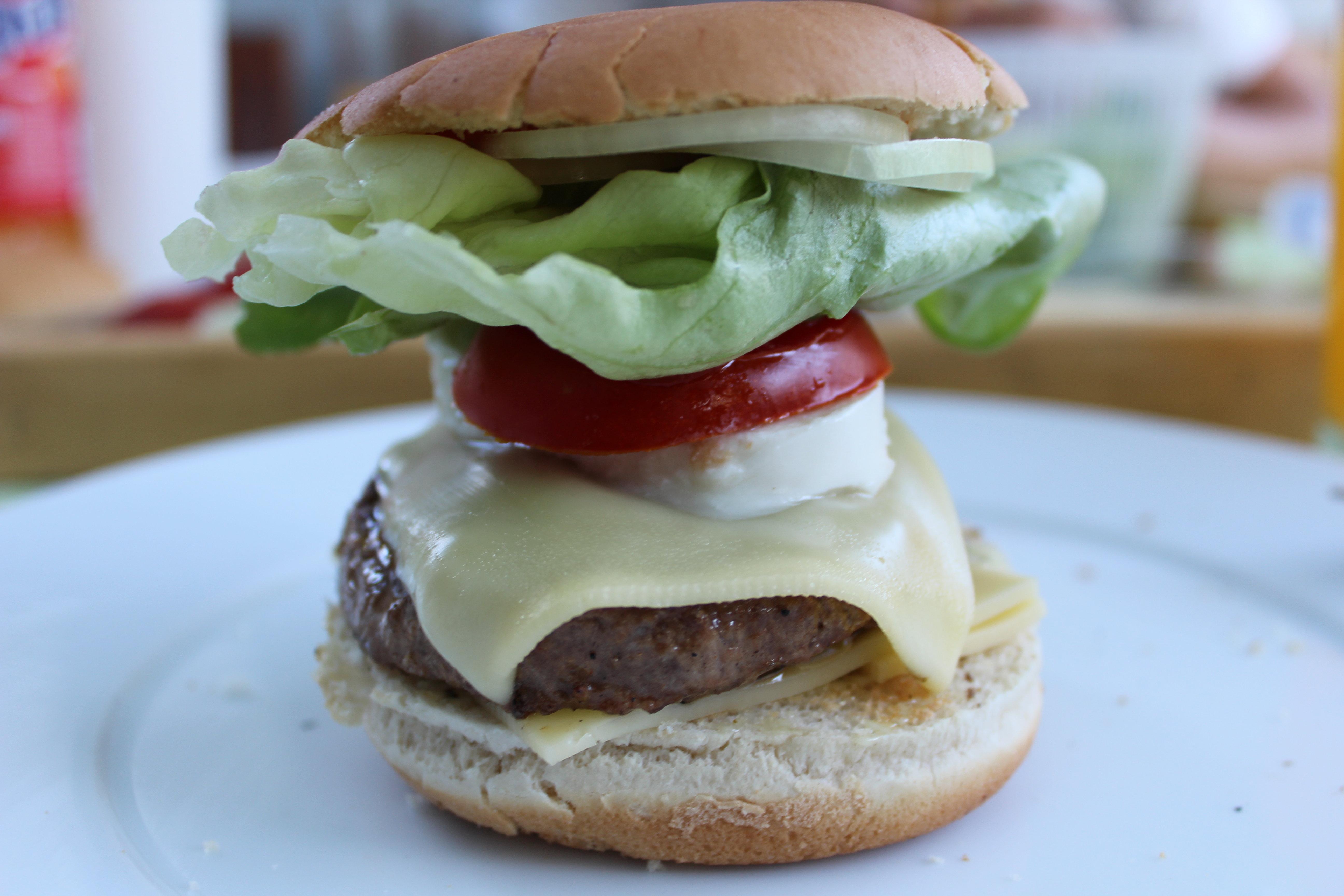 Burger by Fra-Ka