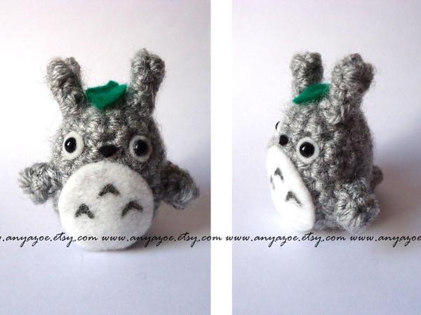 Amigurumi Totoro : Totoro amigurumi by anyazoe on deviantart
