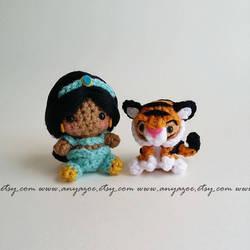 Jasmine and Rajah Amigurumi by AnyaZoe