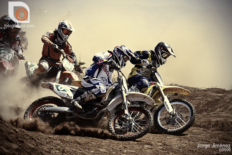 Holeshot by 6th-gear