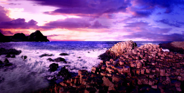 Giant's Causeway by gladly