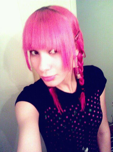 A-bunniefu's Profile Picture
