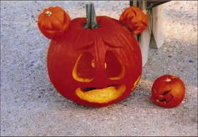 Hord Pumpkin by FoxxFireArt