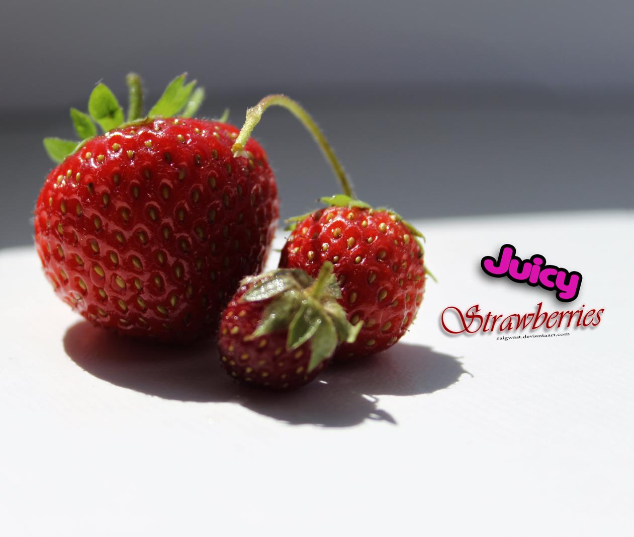 Juicy Strawberries by Zaigwast