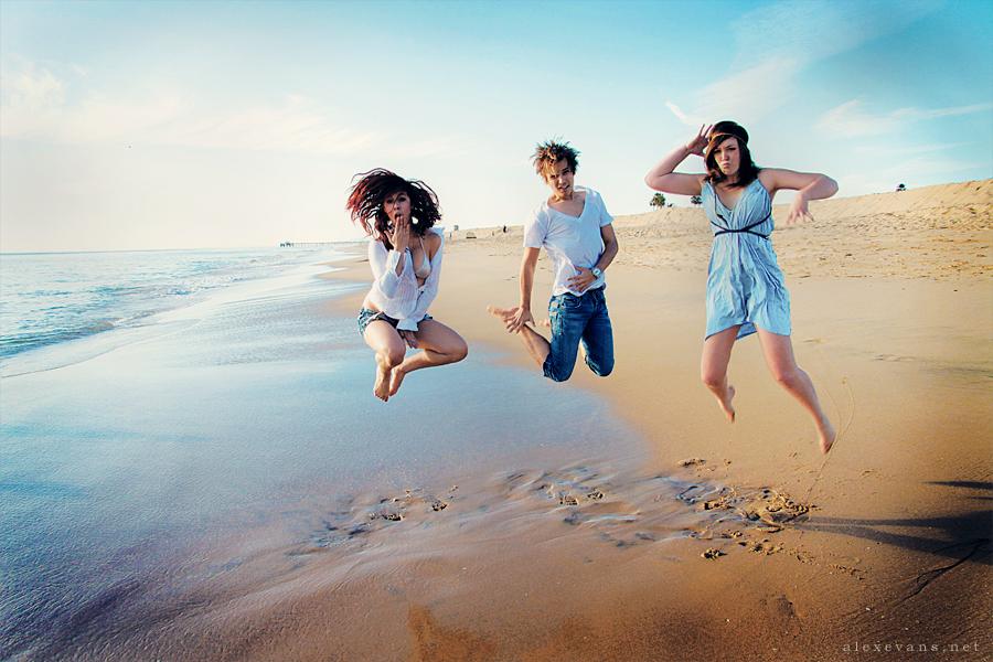 Фото людей которые думали что на пляже одни