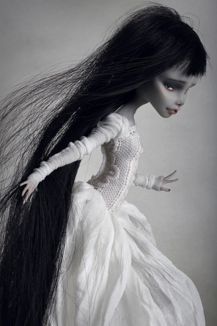 Sophie - OOAK Doll Monster High Ghoulia by Szklanooka
