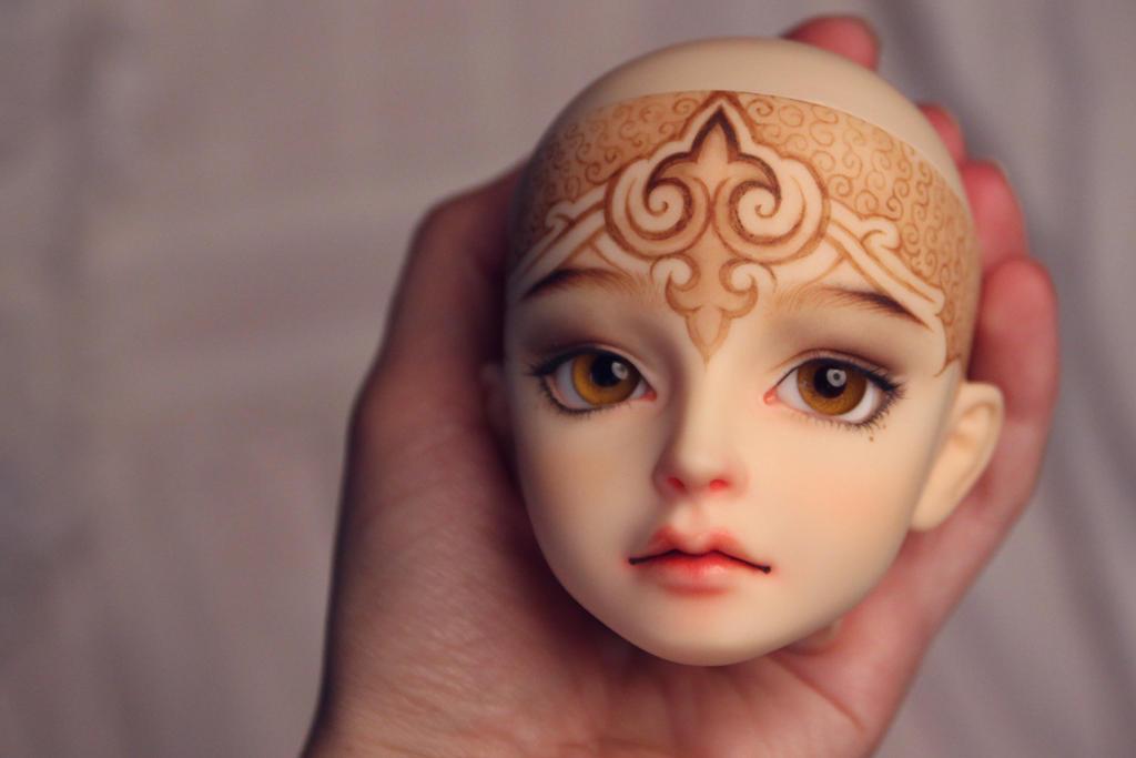 Head of a Princess by Szklanooka