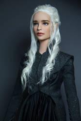 Daenerys by Szklanooka