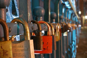 padlocks on Wroclaw Bridge by esqiu013