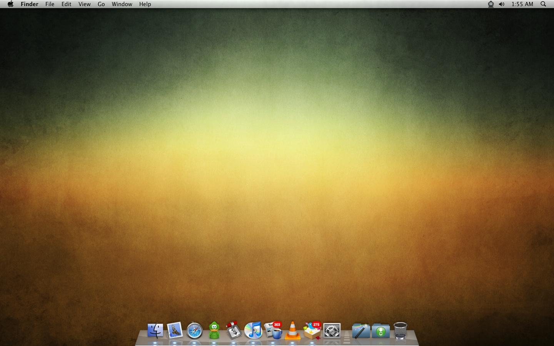 January Desktop by jeayese
