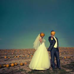 Mr. and Mrs. Pumpkin by Benowski