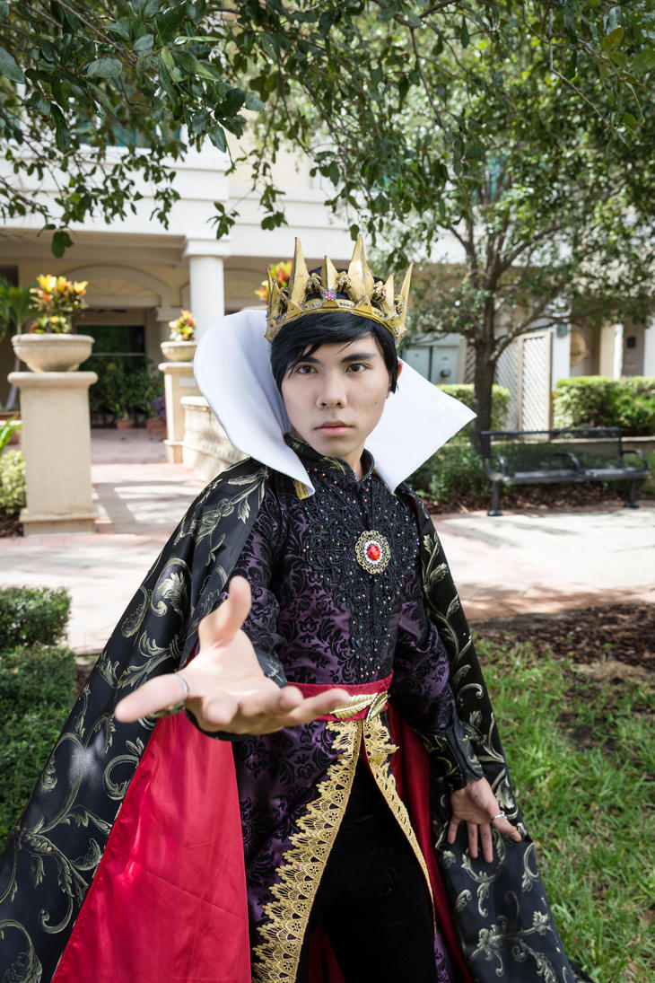 Genderbend Evil Queen Cosplay - Snow White by DuysPhotoShoots