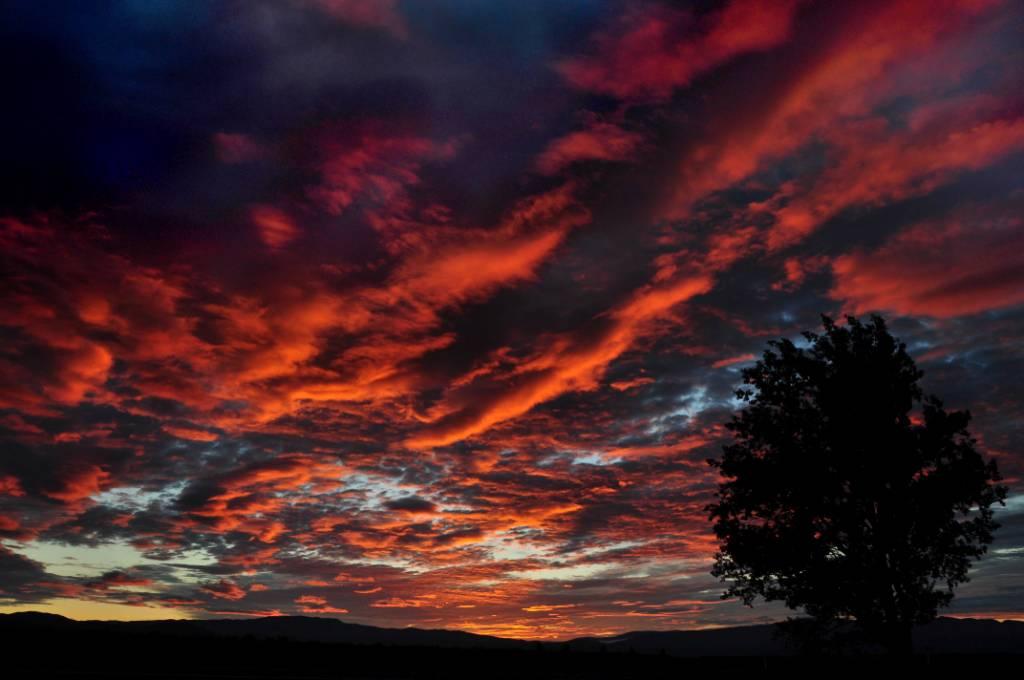 Twizel Sunrise - New Zealand by pueppcheen1990