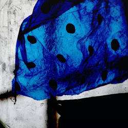 dots in blue :::