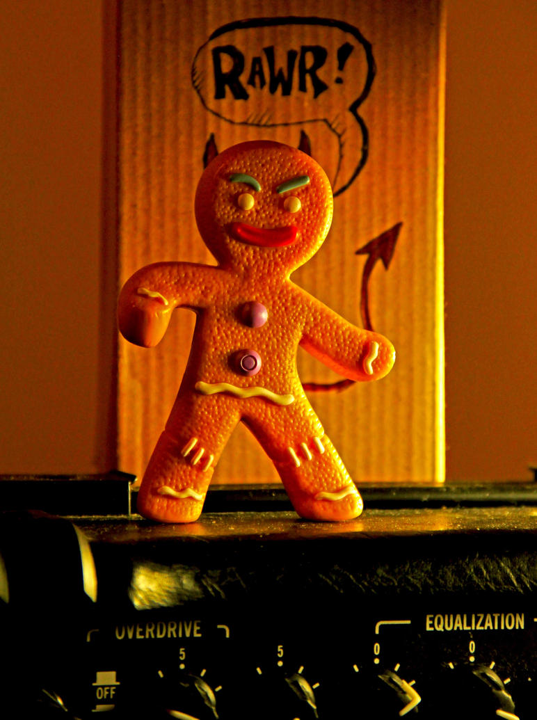 gingy_gone_wild_by_graphyxiation-d2xm33c.jpg